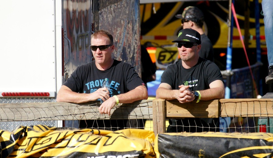 Mike Treadwell (left) and Keith Johnson are two of the best guys you could ever meet in this sport. Because they're such good dues they still get supported by Team Green and many other awesome sponsors. Today's kids could learn a lot from these two ambassadors.