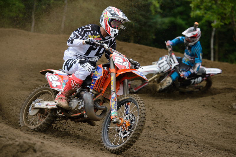 This is Lissimore's favourite shot from Sand Del Lee: Benoit vs Friese! Two-stroke vs Four-stroke!