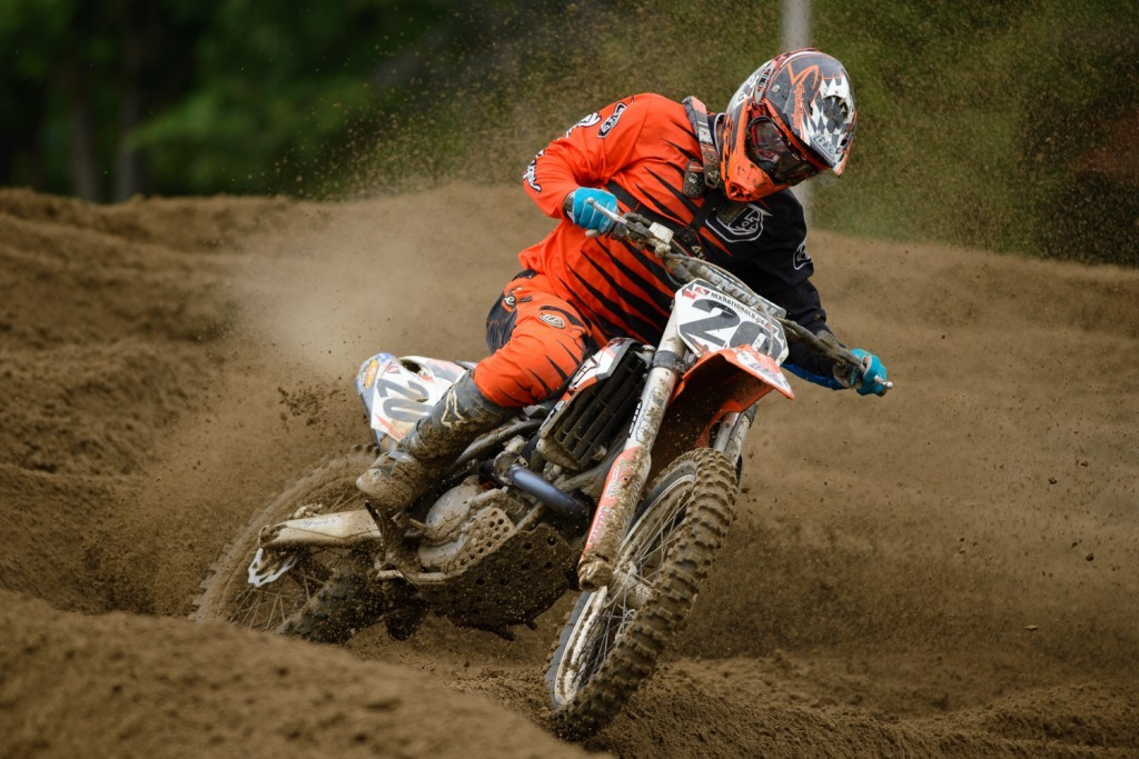 Even with little to no time on a bike this summer, privateer Nathan Bles showed some top five speed at Sand Del Lee. Granted he couldn't hold onto that lead group, but he still finished top-10.