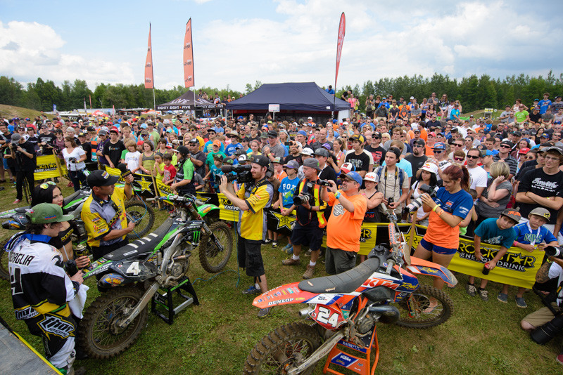 Wow, what a crowd we had at SDL! The MX101 staff says this is the biggest national they've had yet. The stands and grounds did look busy right from the first to final moto. Good job, team!