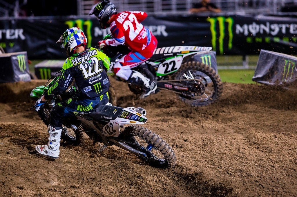 Chad Reed (22) and Dean Ferandis (122) fight for space on the Vegas track.